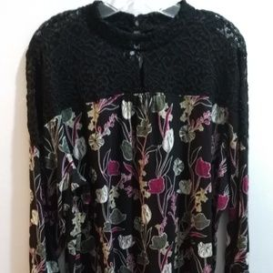 Style & Co. Black Lace and Floral Top - Sz 3X